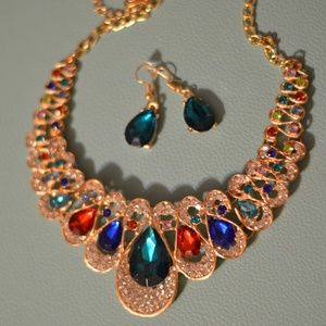 Jewelry - Multi-color Statement Necklace
